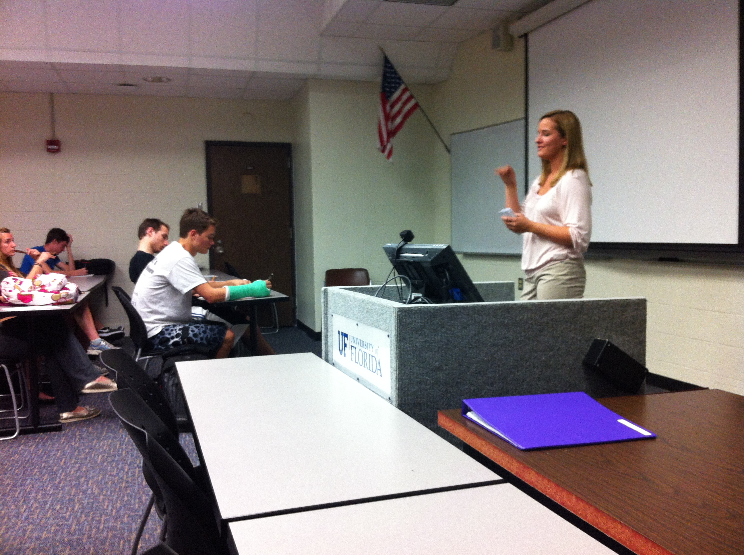 Jessica Hinkle delivers a lecture to students