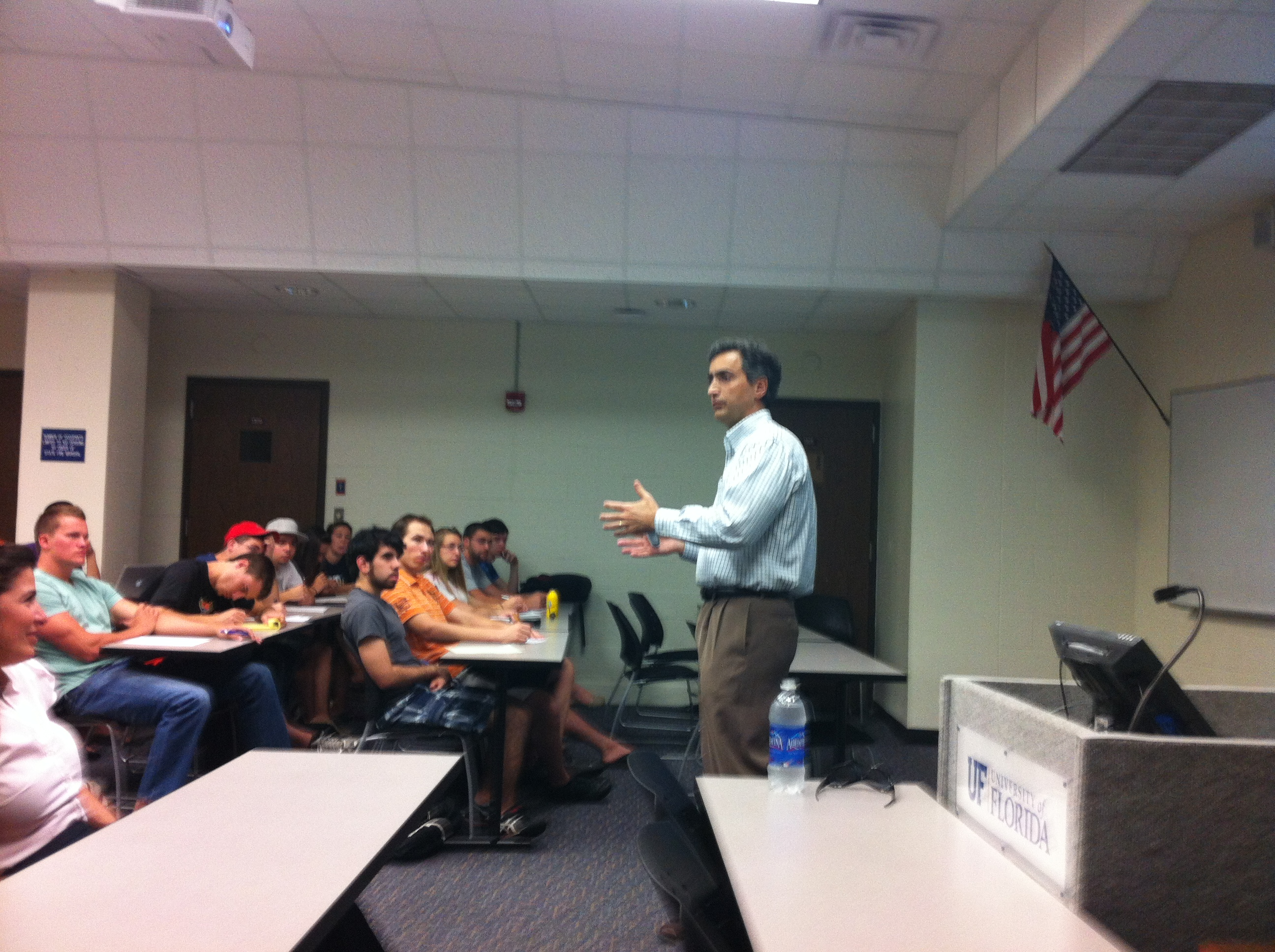 Dr. Jose Nunez delivers a lecture