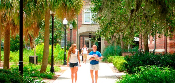 students_walking_featured