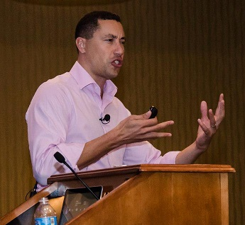 Frans Johansson delivers a speech