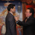 Altannar Chinchuluun accepts the Mongolian State Laureate Award