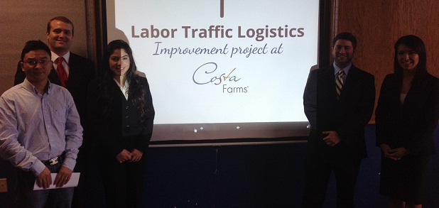 Students give a presentation on Labor Traffic Logistics